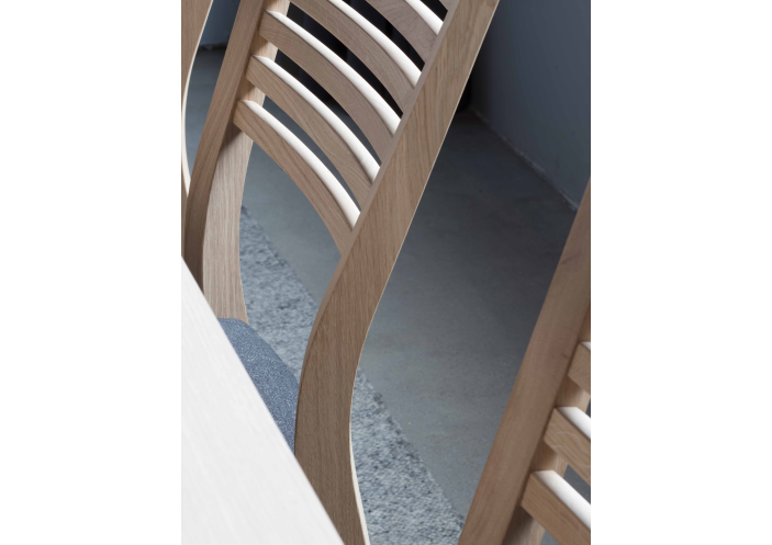 baltic-furniture_ole-chair_detail_1585645076-544c22d9df233e7117b6176de77cf1b7.jpg