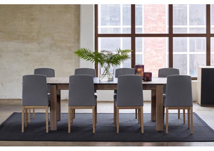 levin-chair-interior-3_1585643498-503724fad62d48b0de1f1991feca0de0.jpg